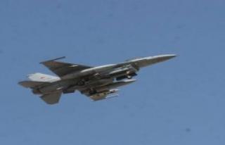 F-16'Lar Keşif Uçuşu Yaptı