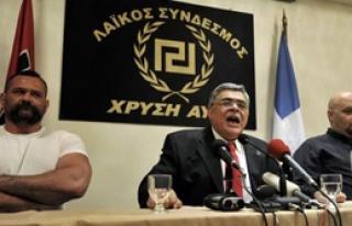 Yunanistan'da Gazeteciye Ölüm Tehditi