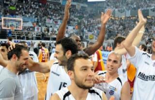 Futbol'da Olmadı, Nasip Potaya