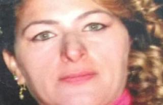Bıçaklanarak Öldürülen Kadın Toprağa Verildi