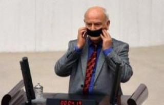 Genel Kurul'da Gerginlik, Mikrofon Kırıldı
