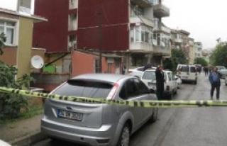Kadıköy'de Şüpheli Paket Alarmı