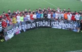 Fenerbahçe'li Minik Taraftara Dev Destek...