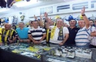 Fenerbahçeliler İçin Söyleyecek