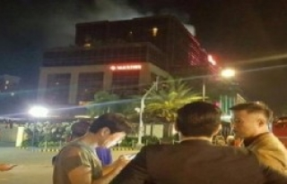 Filipinlerde Avm'ye Saldırı