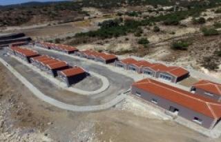 Foça'ya Deniz Manzaralı Terminal
