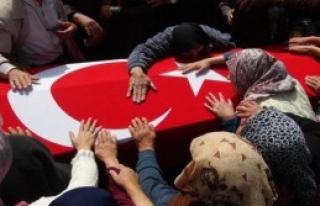 Şehit Uzman Çavuş, 5 Bin Kişi Tarafından Uğurlandı