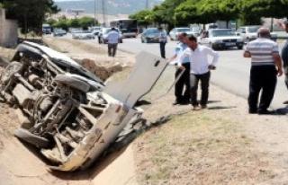Gaziantep'te Minibüs Devrildi: 7 Yaralı