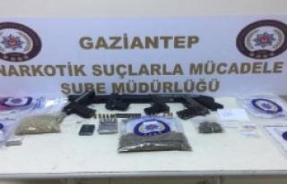 Uyuşturucu Operasyonuna 10 Tutuklama
