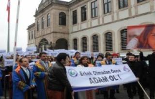 Giresun Üniversitesi Özgecan İçin Yürüdü