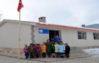 Harabe Okul Yenilendi