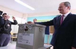 Güney Kıbrıs Cumhurbaşkanını Seçmek İçin...