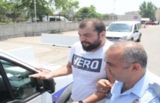 'Hero' Tişörtlü Öğrenciye Sınav Çıkışı...