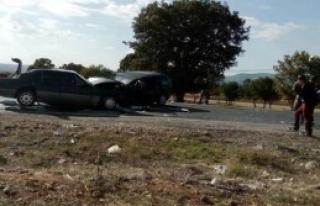 Uşak'ta Kaza:1 Ölü, 9 Yaralı