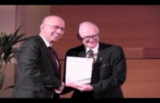 İngiliz Tabipler Birliği'nden Türkiye'ye Ödül