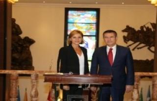 İspanya Savunma Bakanı Garcia Türkiye'de