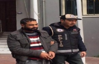İzmir'de 34 Kaçak Yakalandı