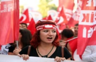 İzmir'de Binler Teröre Karşı Yürüdü