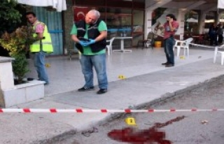 Cinnet Getirdi, 2 Kişiyi Öldürdü