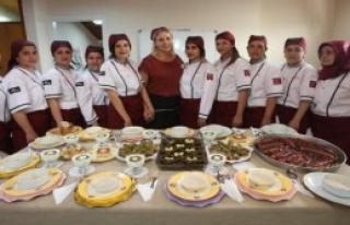 Karabağlar'da Geleceğin Aşçıları Yetişiyor