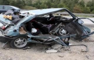 Karabük'te Otomobil Takla Attı: 2 Yaralı