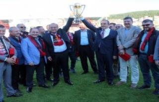 Kastamonuspor 1966 Kupasını Aldı