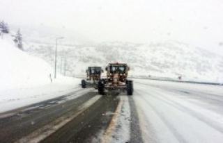 Kayseri'de 1078 Köy Yolu Ulaşıma Açıldı