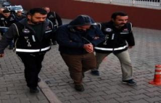 Sigara Kaçakçısı 4 Kişi Yakalandı