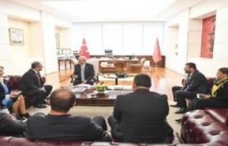 kılıçdaroğlu, Eğitim-İş heyetini Kabul...