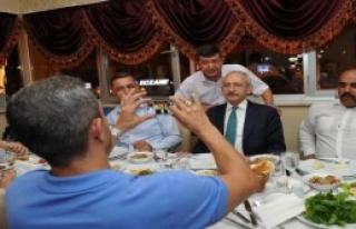 Kılıçdaroğlu, Gaziler İle Bir Araya Geldi