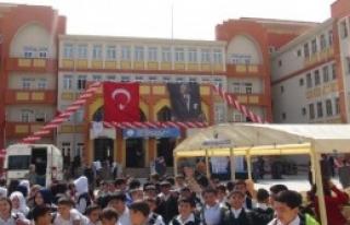 Yeni Açılan Okula Şehidin Adı Verildi