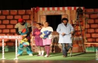 Konak'ta Tiyatro Keyfi Başlıyor