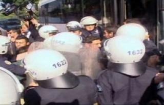 Kongre Öncesi Protestoya 35 Gözaltı
