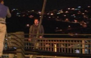 Köprüdeki İntihar Girişimi Trafiği Felç Etti