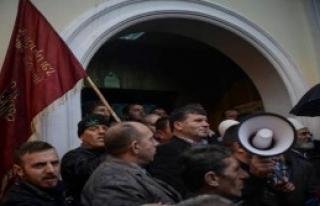 Rektörlük Önünde Protesto