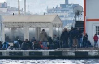 Kuşadası Açıklarında 57 Kaçak Yakalandı