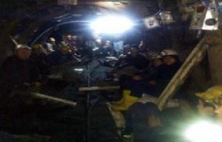 Maden Ocağında Ücret Eylemi Sürüyor