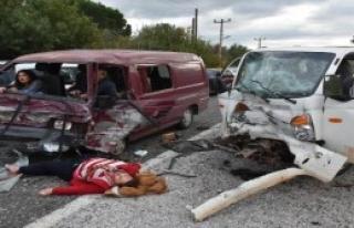 Marmaris'teki Kazada 5 Kişi Yaralandı