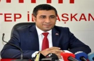 'Gündemimizde Kurultay Değil Türkmenler Var'