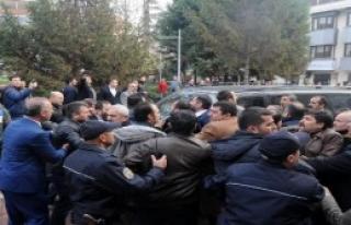 MHP İlçe Kongresinde Kavga!