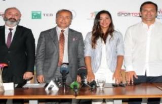 Milli Tenisçi Çağla Büyakakçay Rio Öncesi Medya...