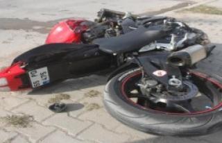 Yine Motosiklet Yine Kaza: 1 Ölü