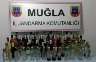 Barlarda 1080 Şişe Kaçak İçki Ele Geçti