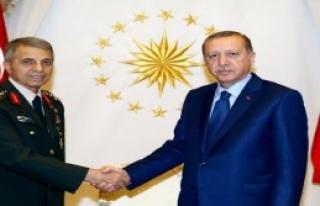 Orgeneral Galip Mendi Cumhurbaşkanlığı Sarayı'nda