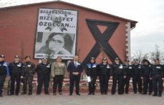 Kadın Polislerden Sessiz Eylem
