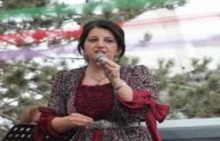Polisle Öcalan Posteri Yüzünden Tartıştı