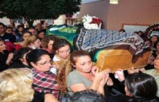 Dilay'ın Tabutunu Kadınlar Taşıdı