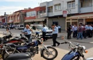 Polis Aracına Molotoflu Saldırı !
