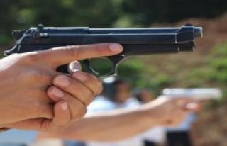 Polise Hızlı Silah Atışı Eğitimi