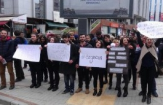 Rize'de Özgecan Cinayetine Skeçli Protesto